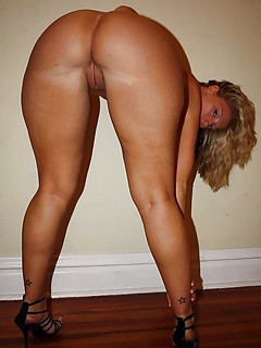 Big Ass Blonde Pics